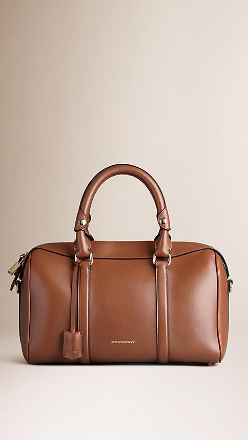 BURBERRY THE MEDIUM ALCHESTER IN LEATHER